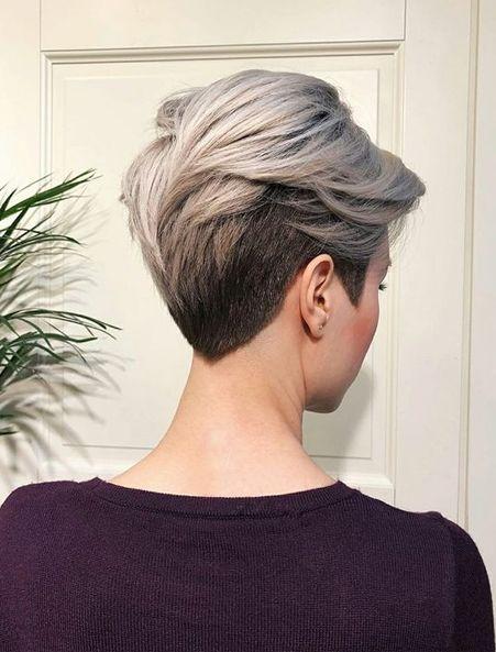 зачіски для старших жінок