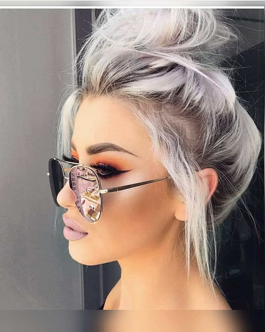 Попелясті вечірні зачіски для короткого волосся