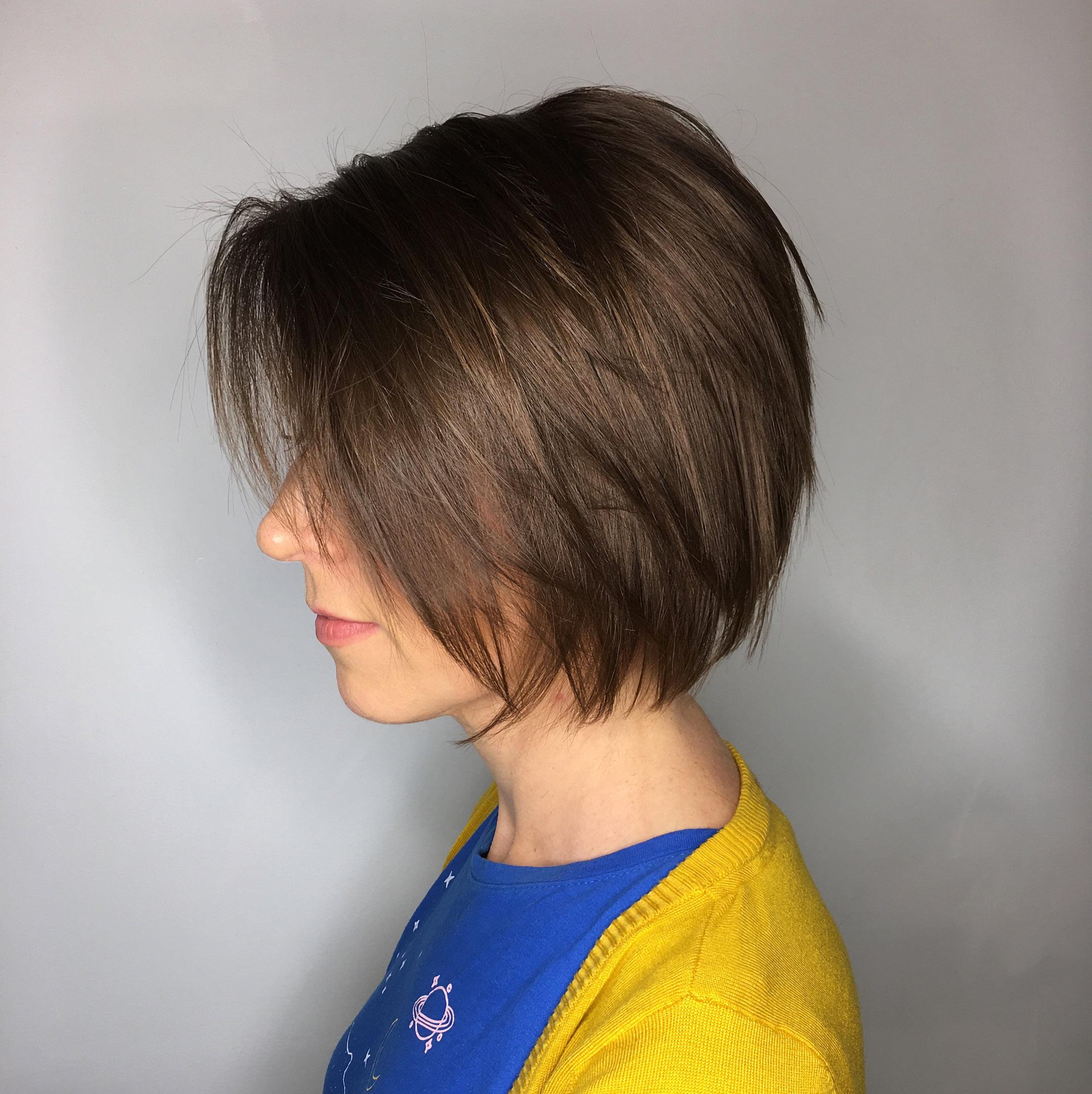 Красивый боб с челкой для тонких волос