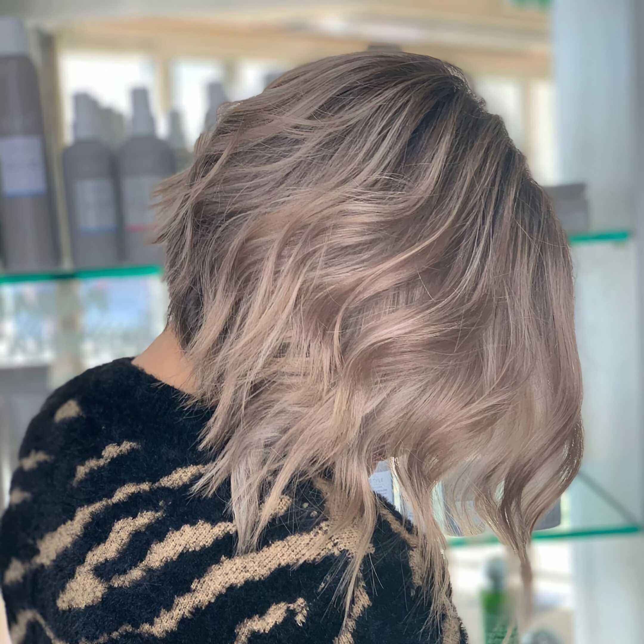 красивый градуированный боб на тонкие волосы