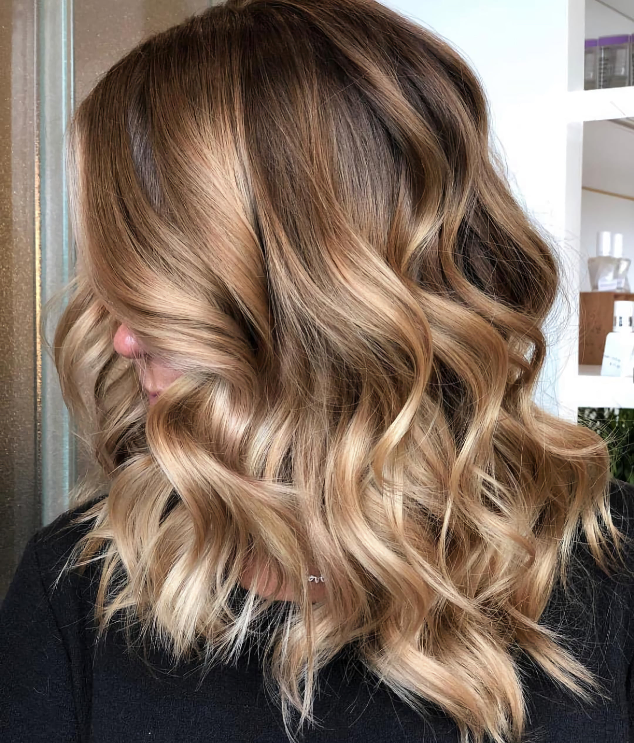Карамельный балаяж на русые волосы