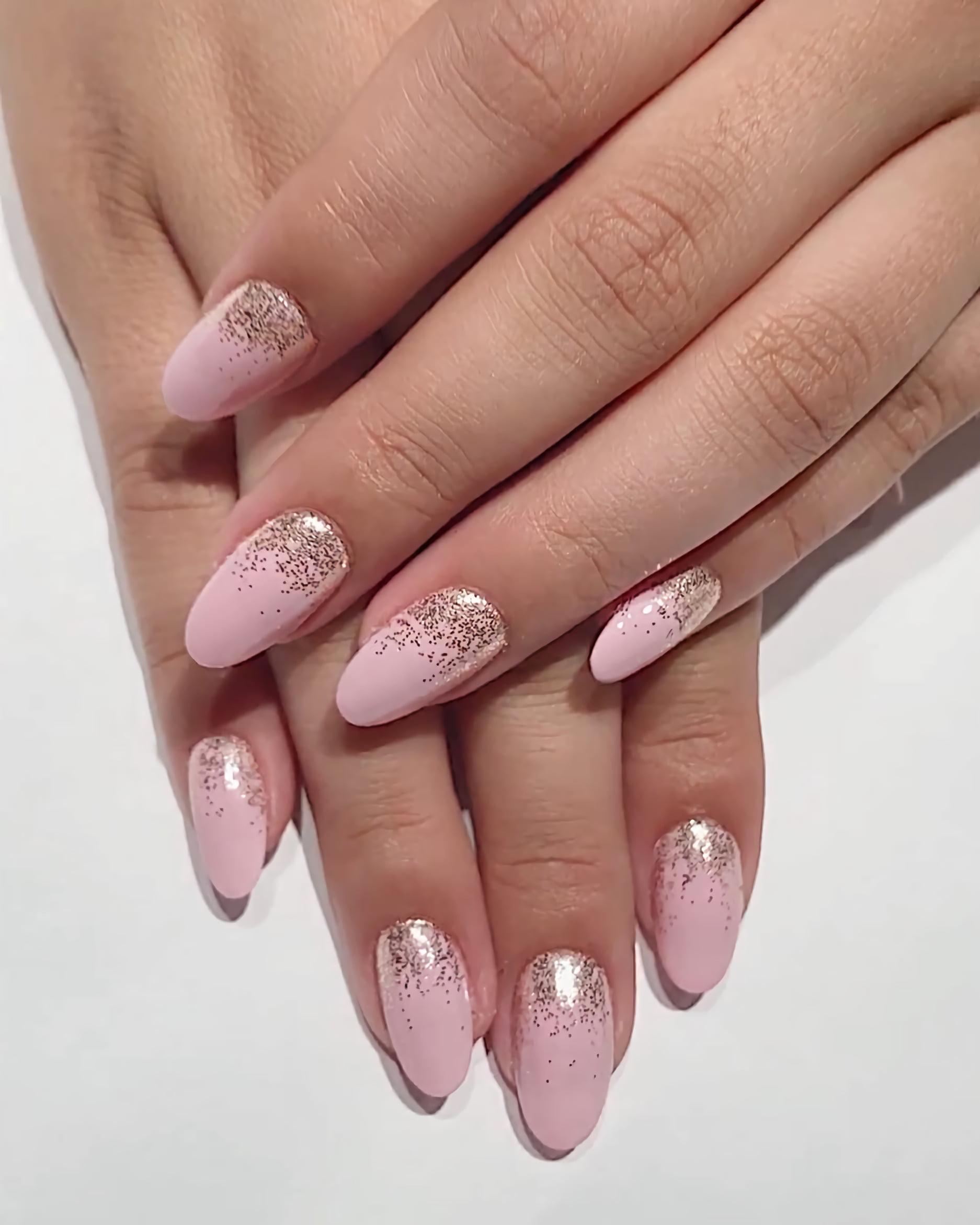 Идеальные ногти с блеском