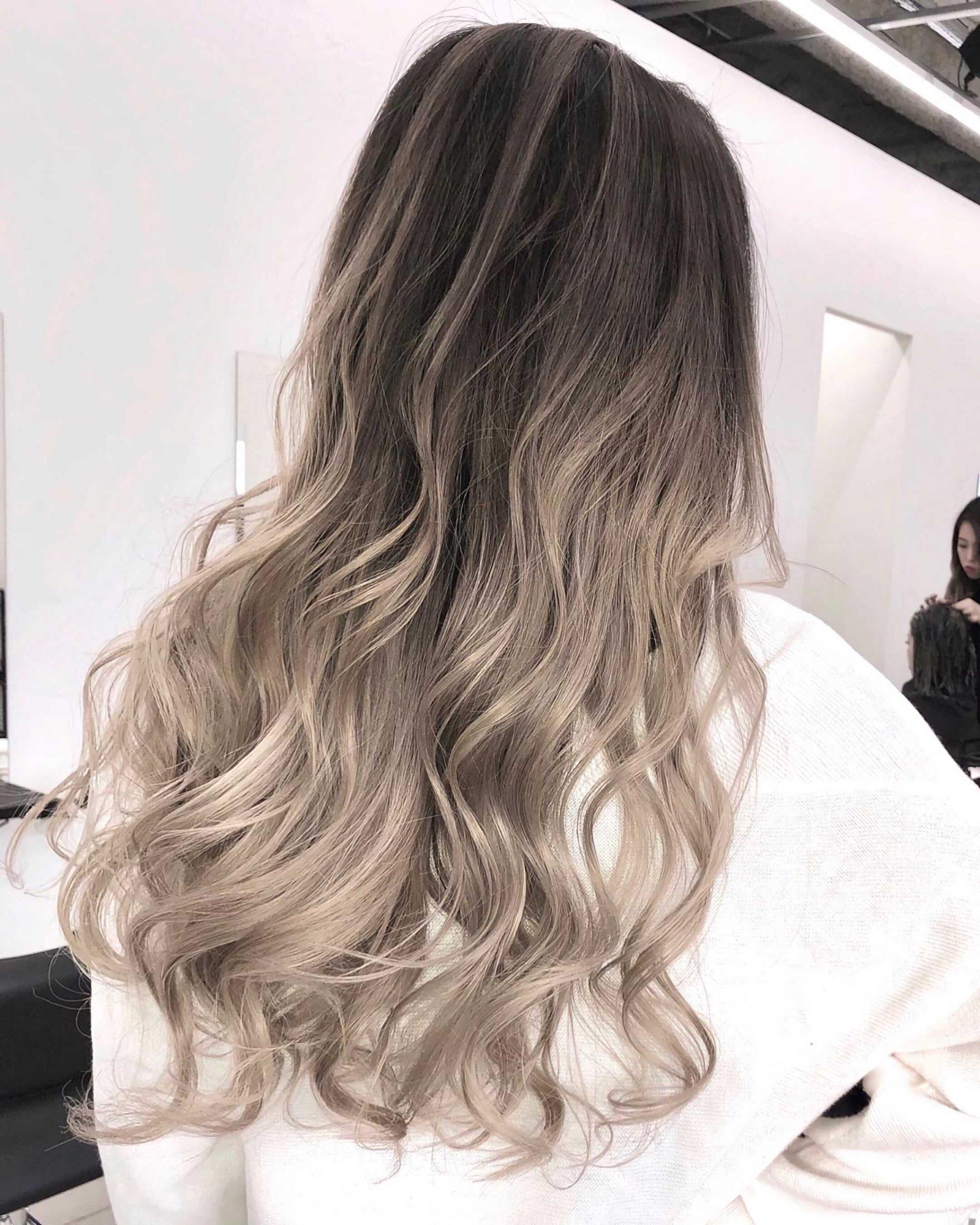 стильно омбре на волосы блонд