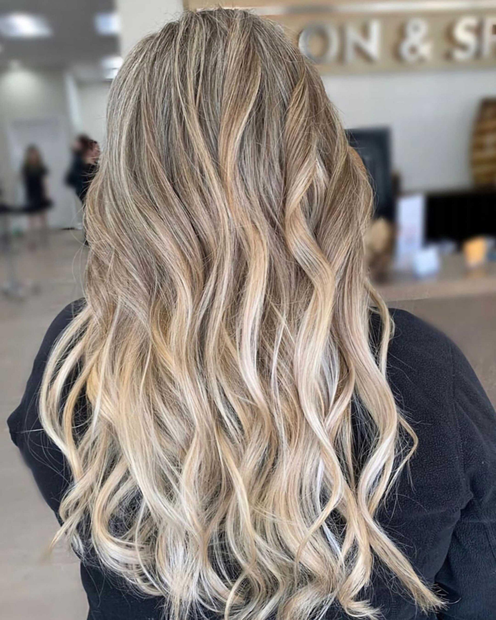 окрашивание омбре на светлые волосы