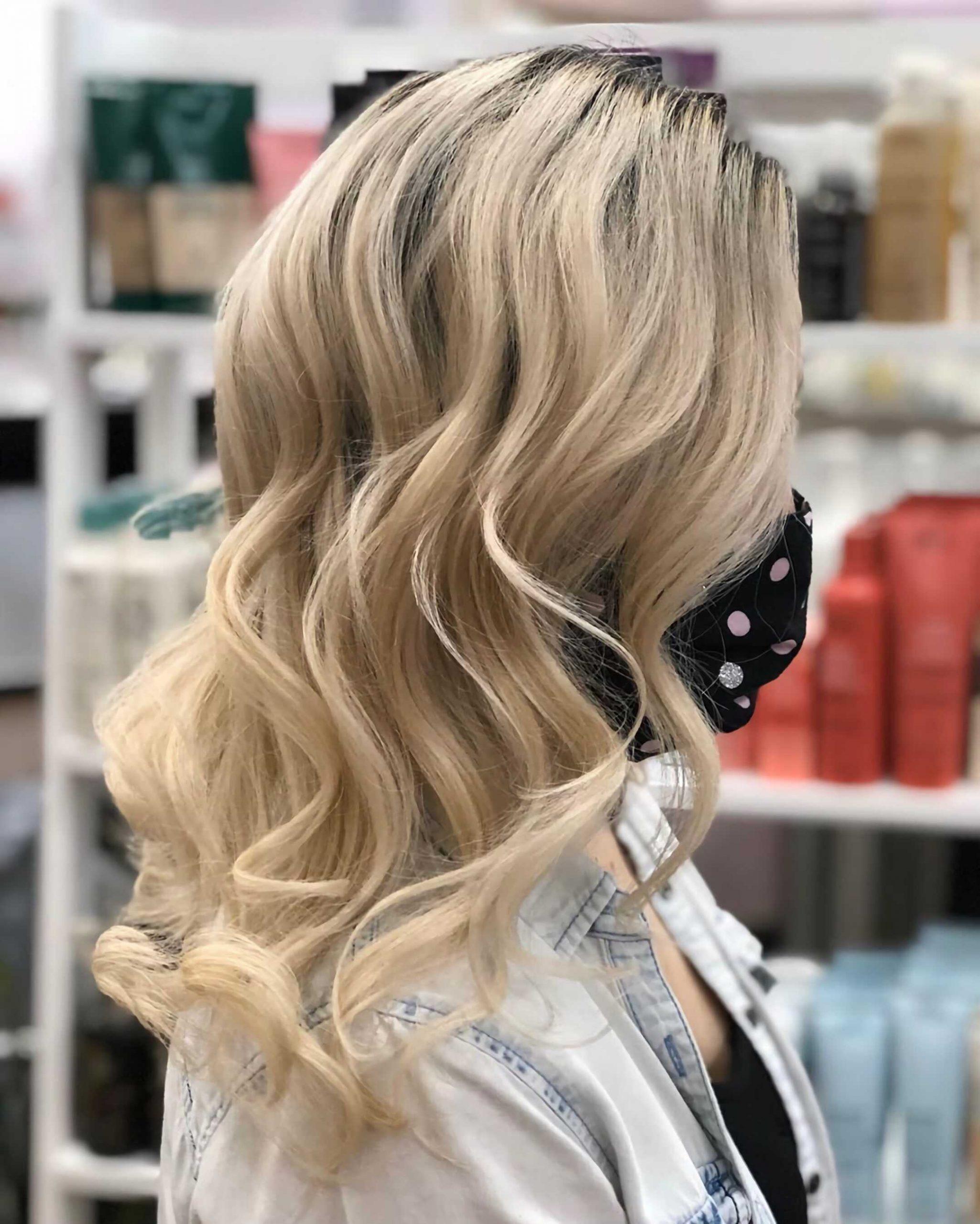светлые волосы с окрашиванием омбре