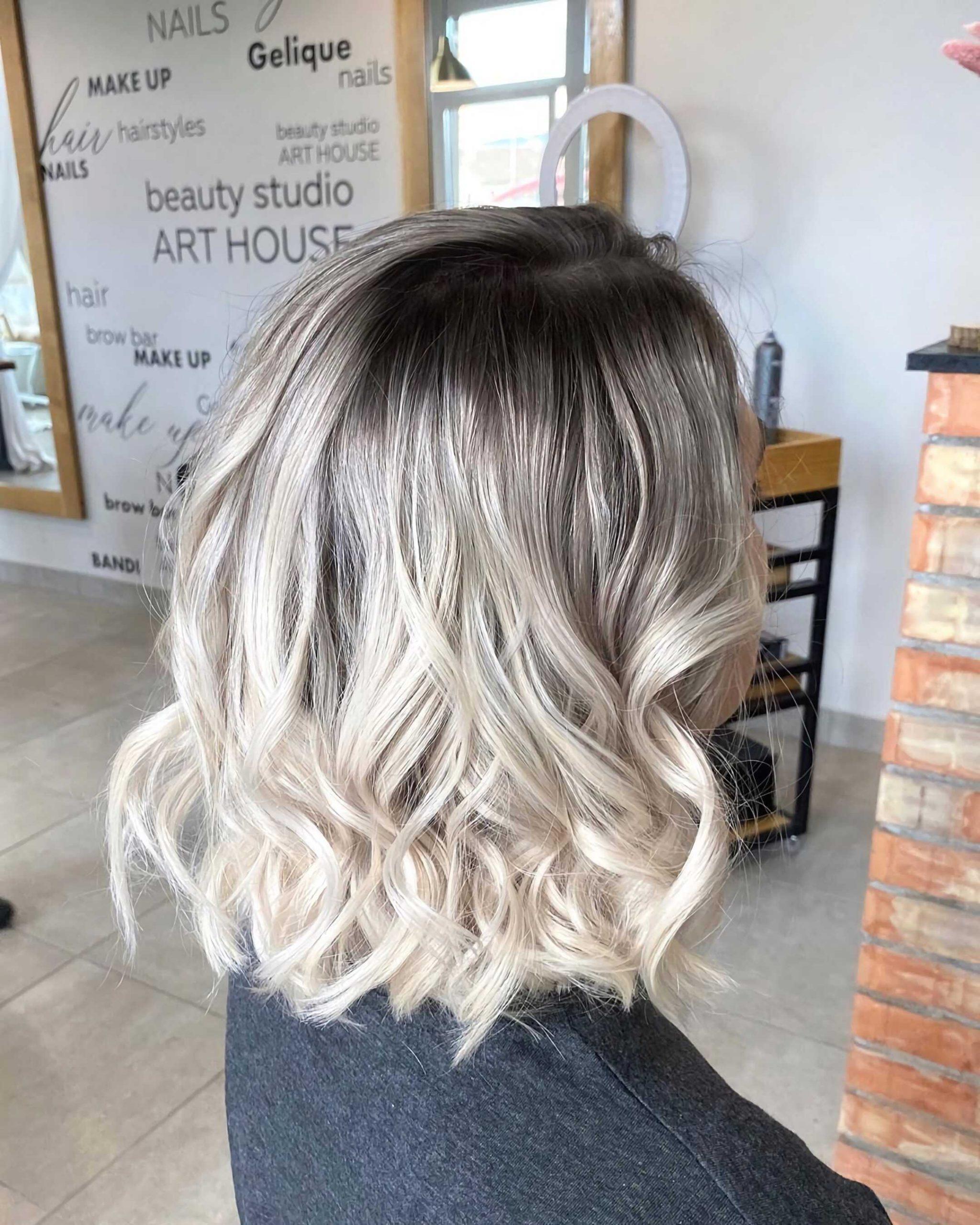 волнистые волосы с омбре
