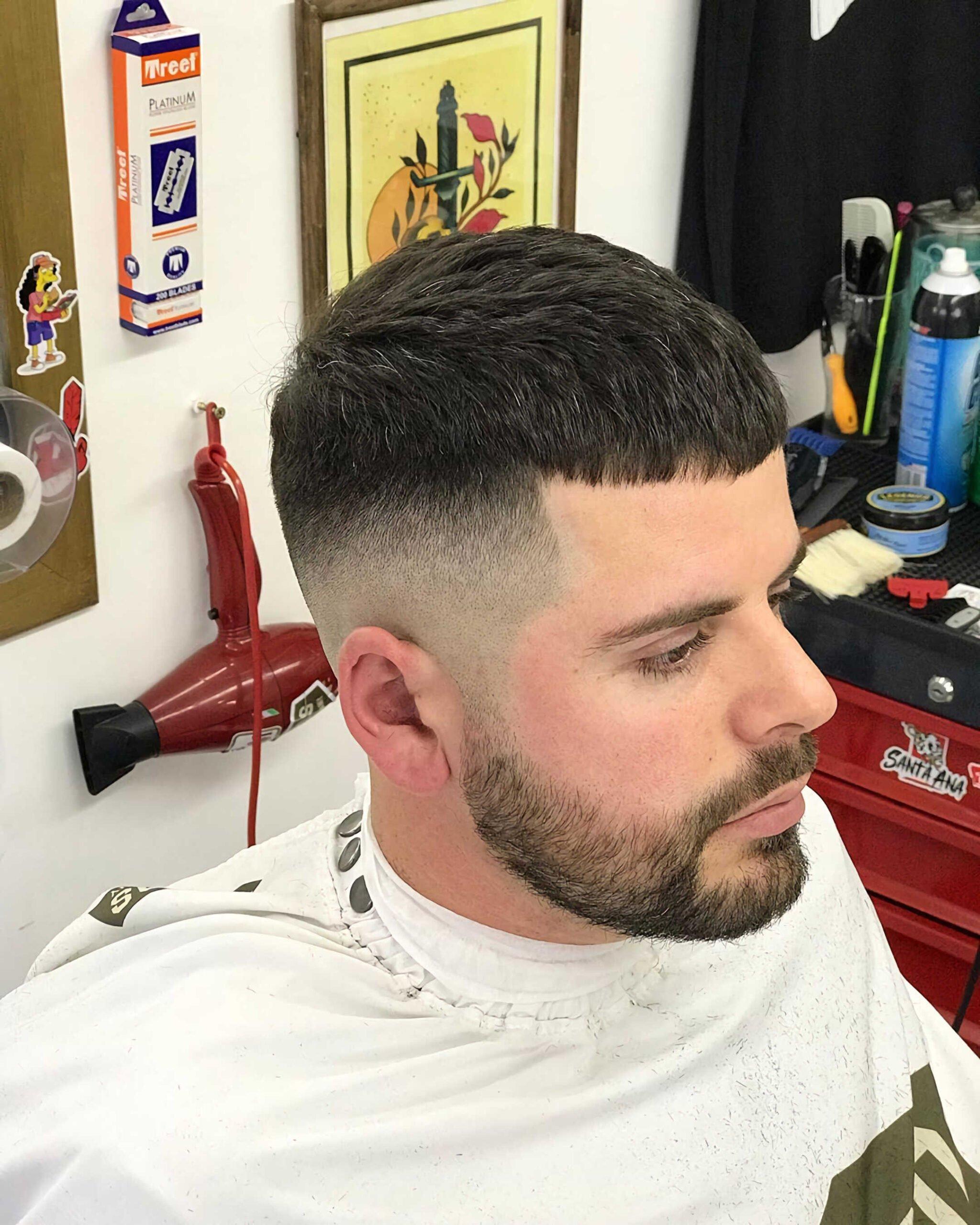 стрижка цезаря с бородой