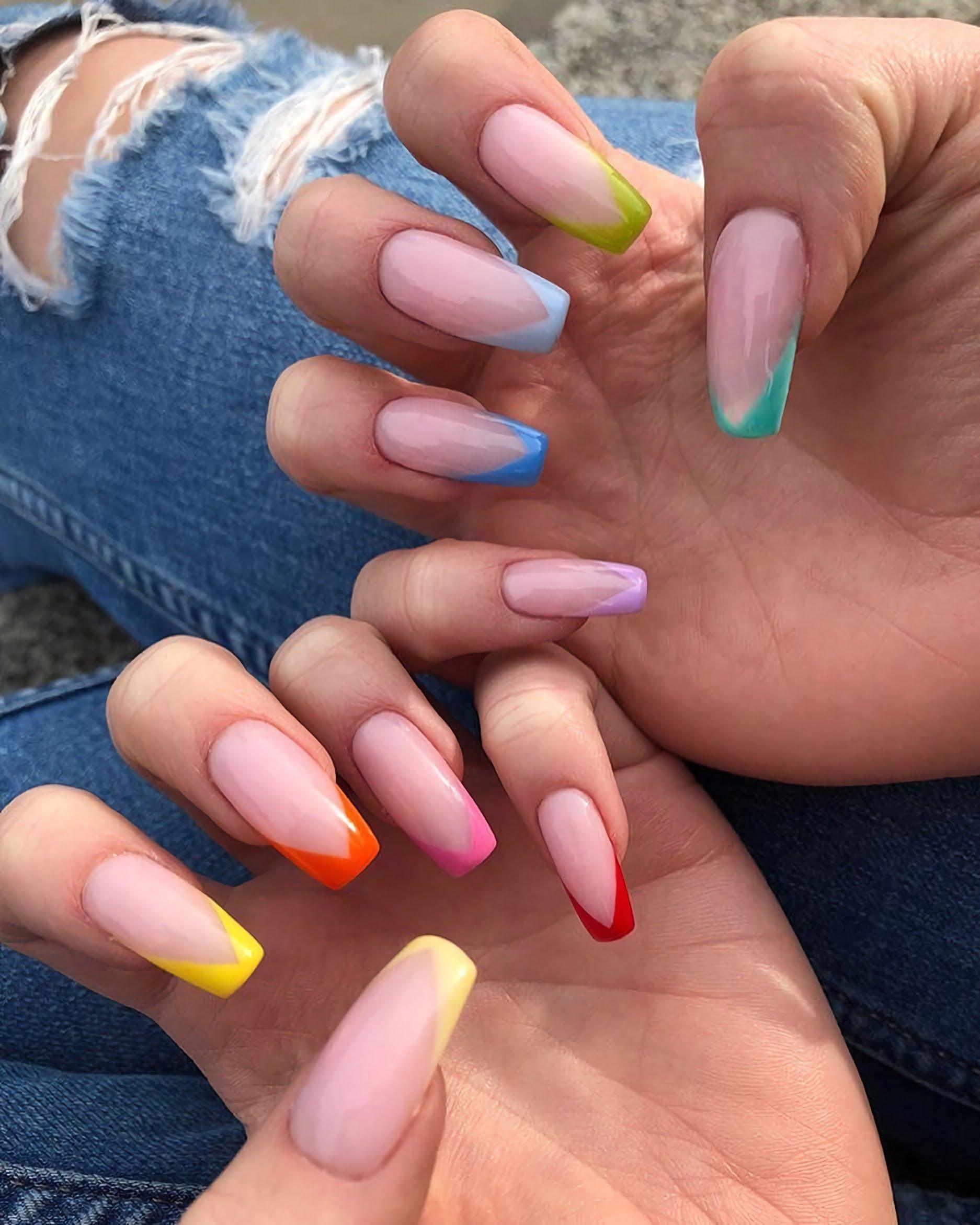 разноцветные гелевые ногти