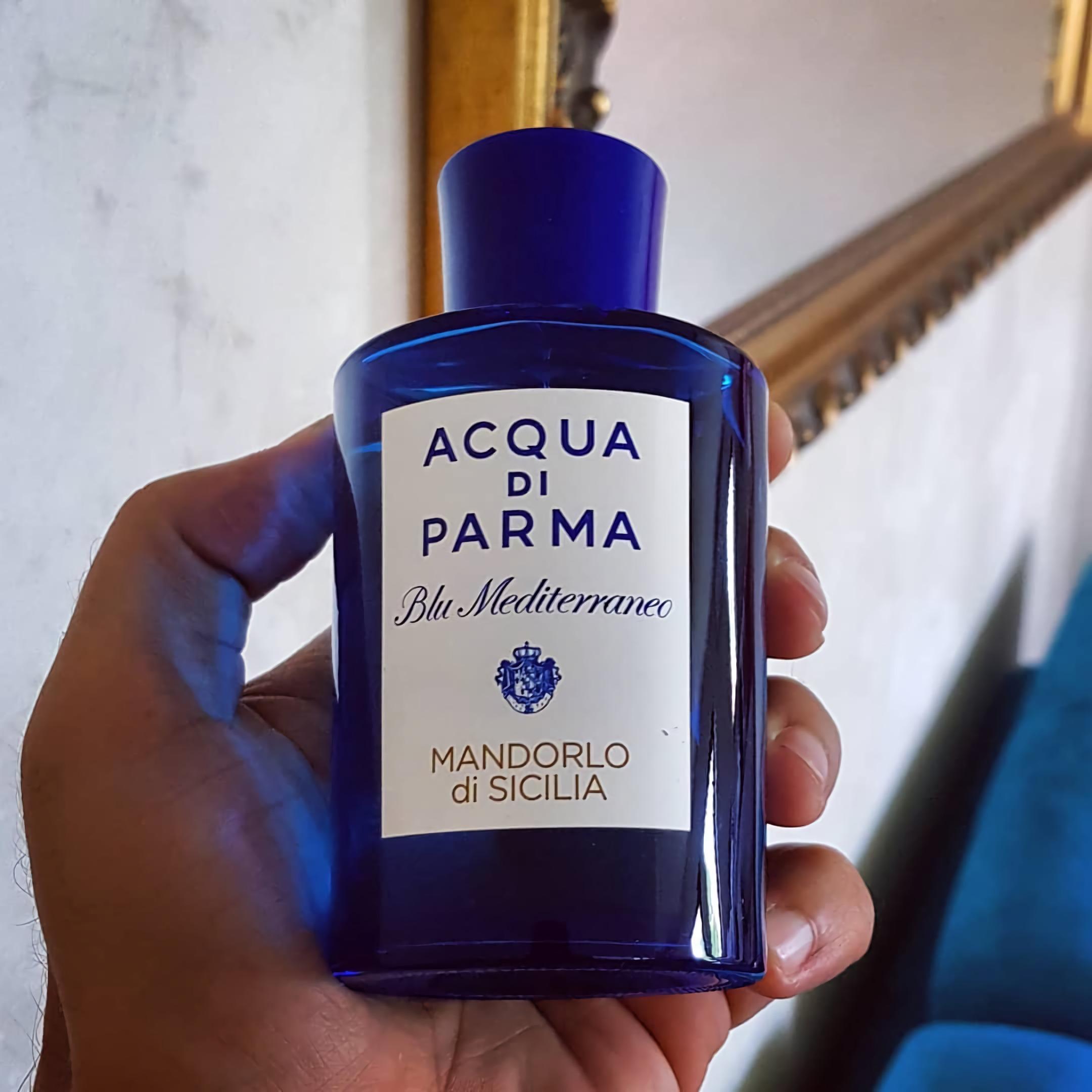красивые духи с мягким запахом Acqua Di Parma Blu Mediterraneo Mandorlo Di Sicilia