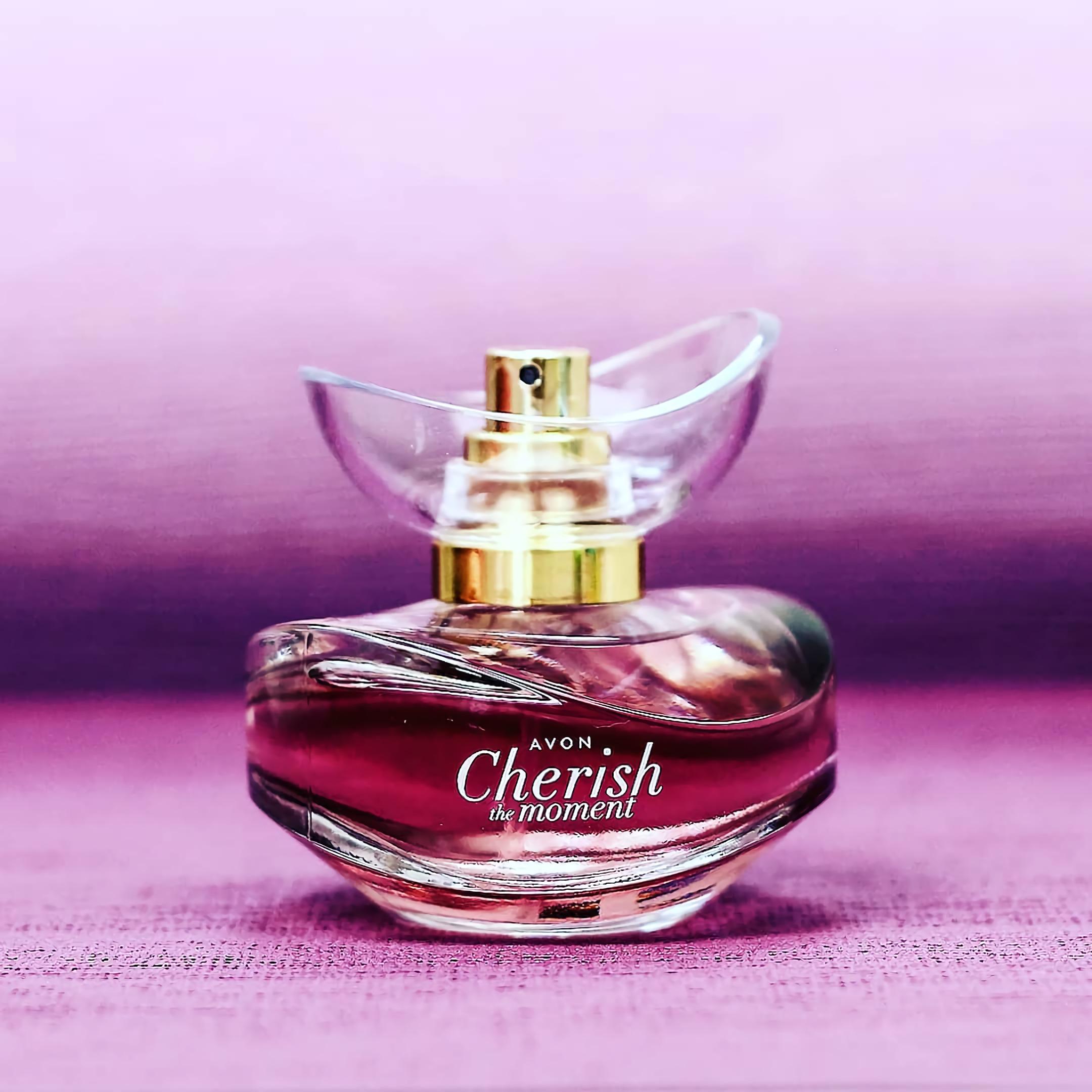 парфюмированная вода для девушек Avon Cherish The Moment