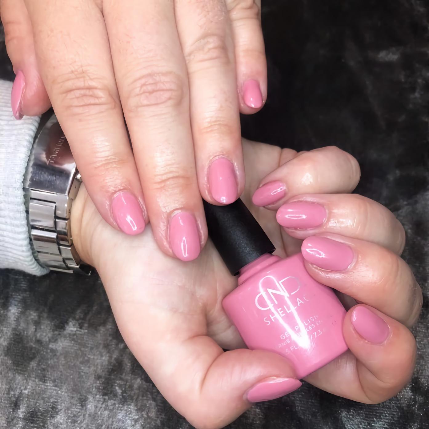 Красивый розовый шеллак