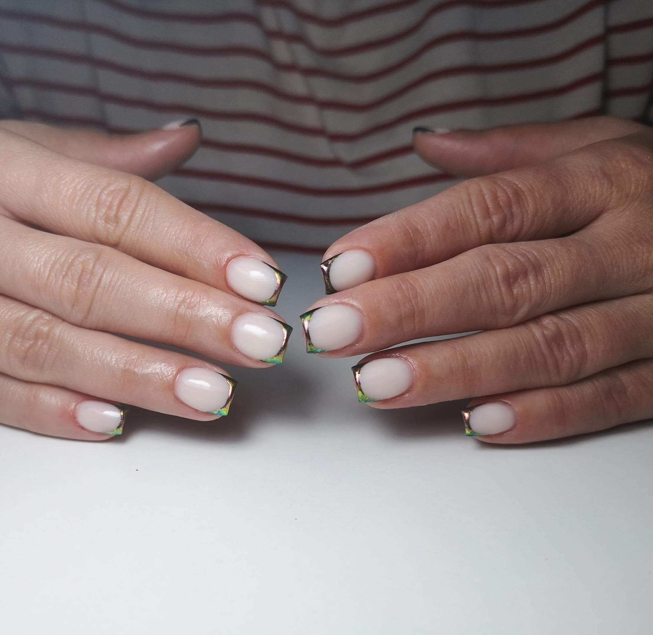 французские металлические короткие ногти