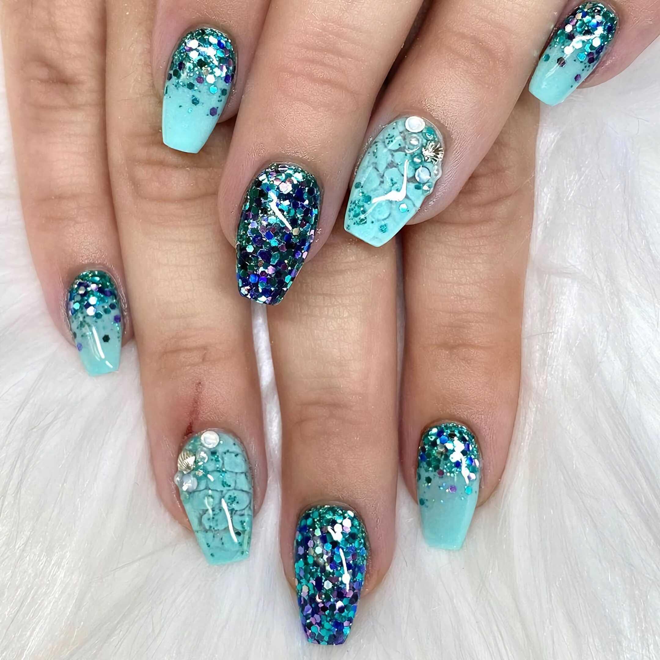 красивые бирюзовые ногти