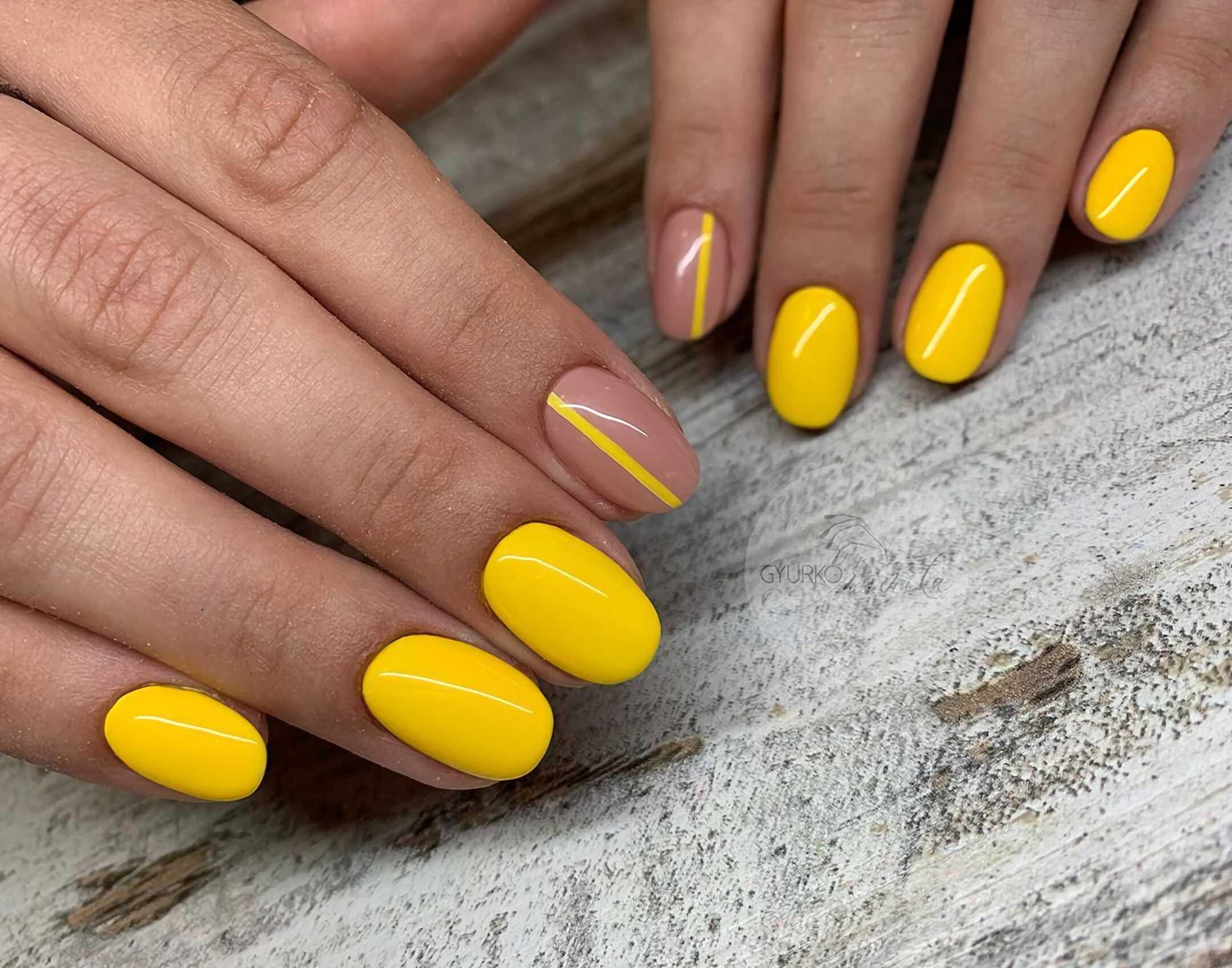 желтые короткие ногти