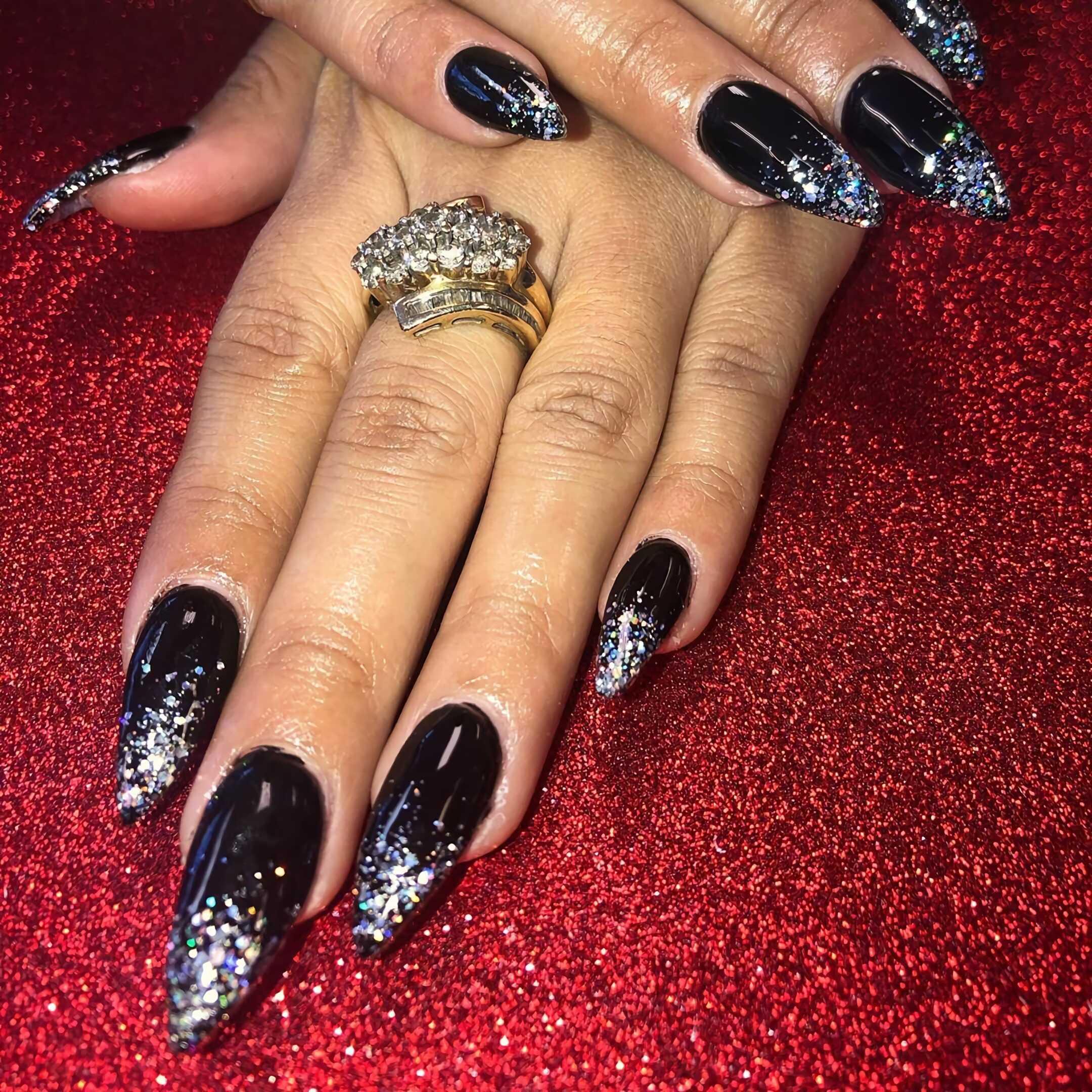 черные ногти стиллето