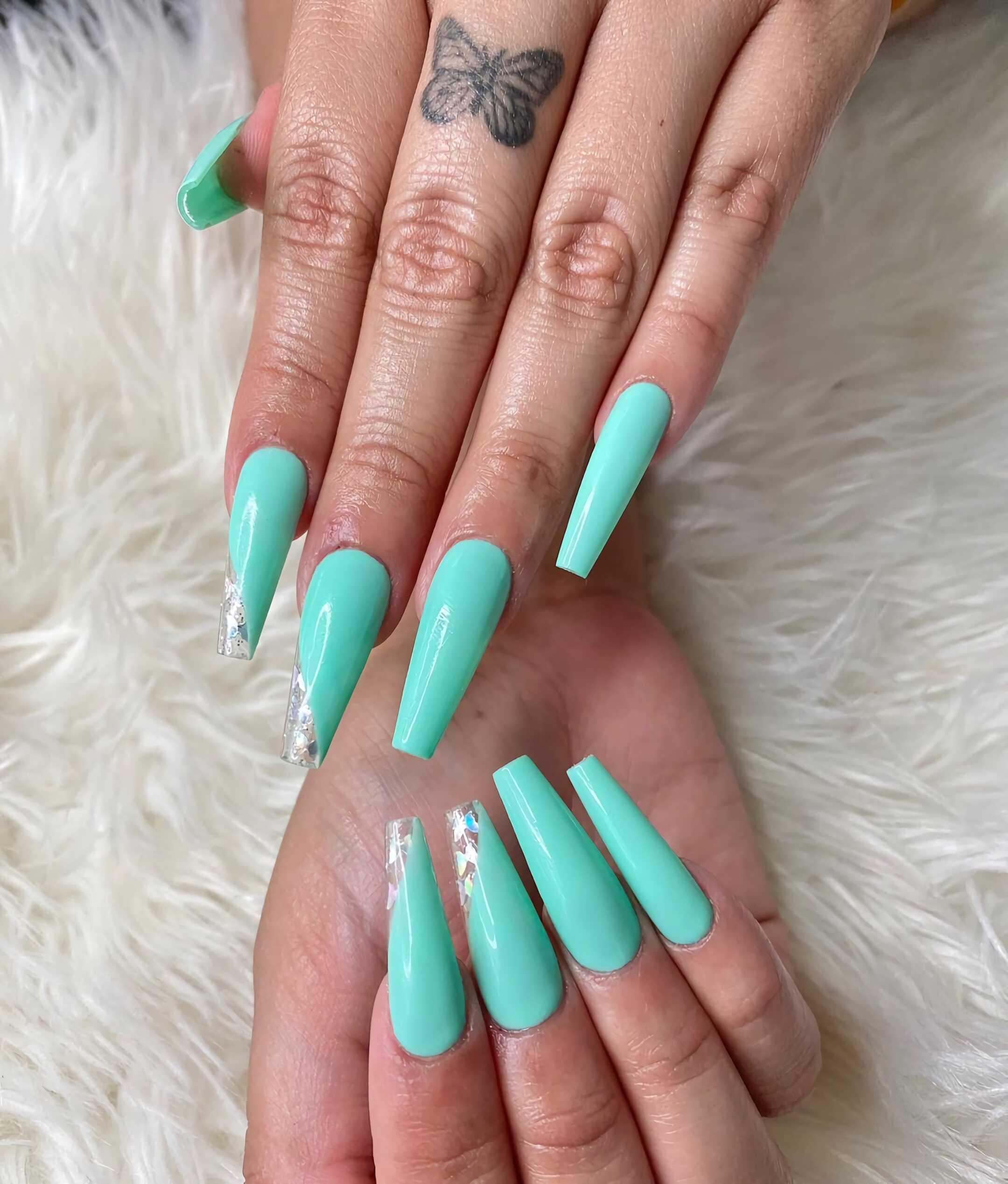 стильные ногти в форме балерина