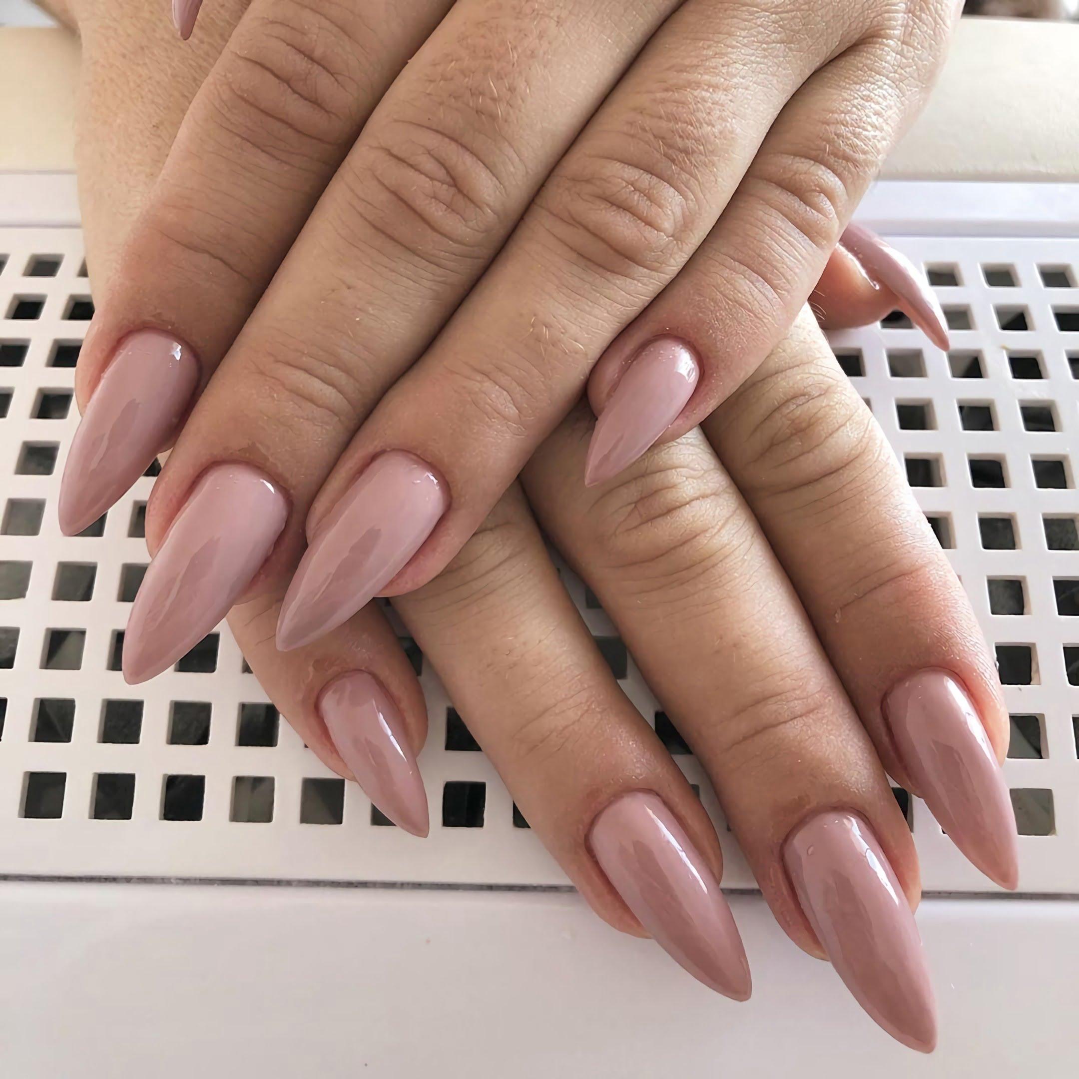простые ногти - шпильки
