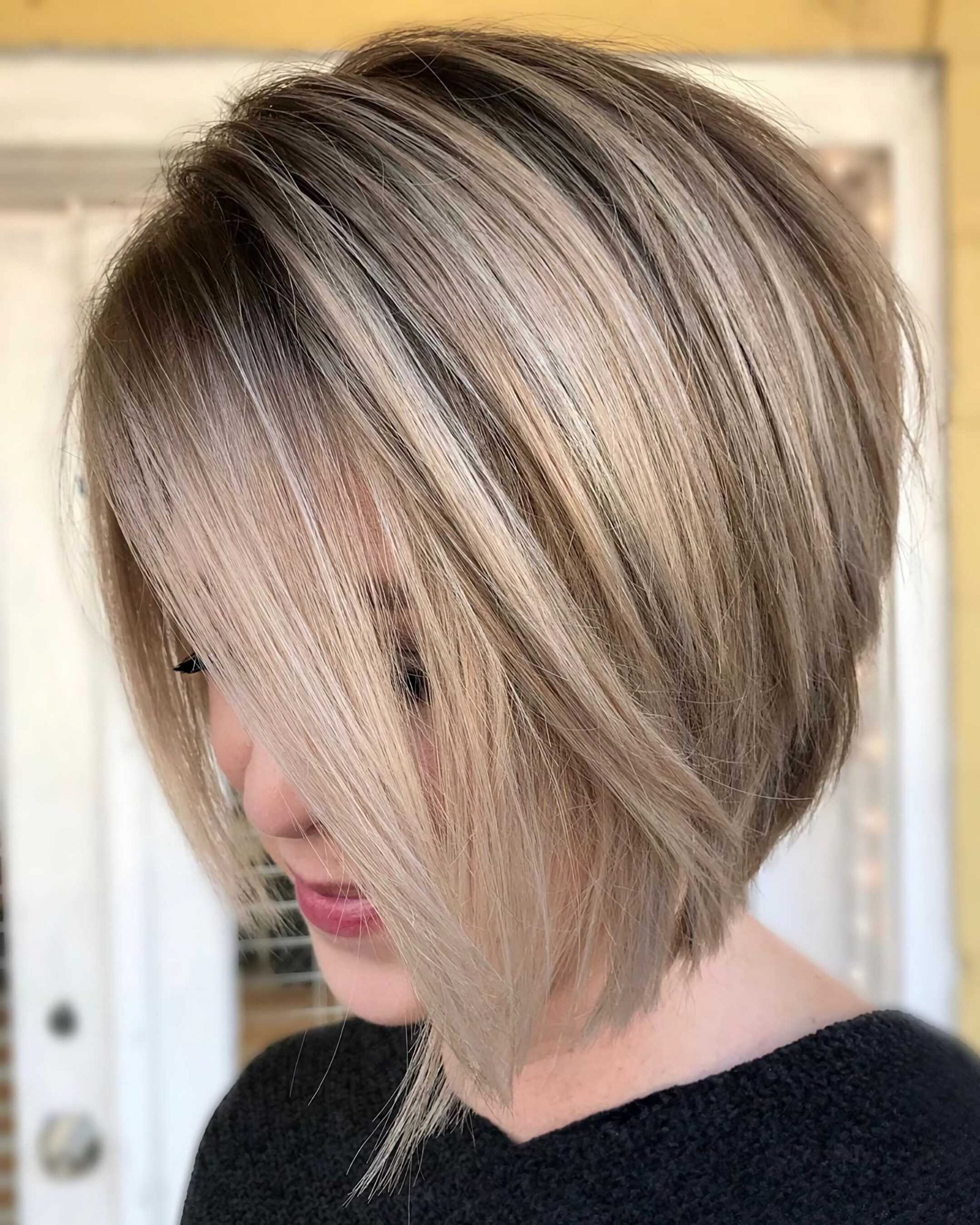 асимметрическая стрижка боб на средние волосы