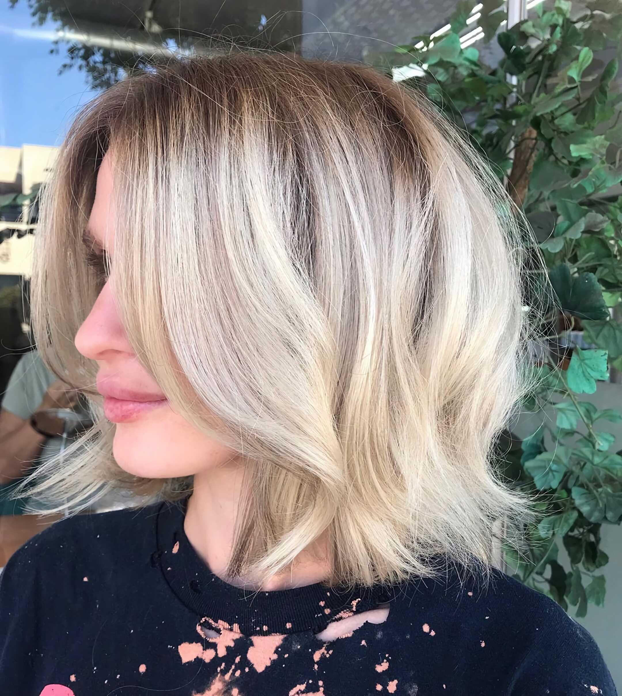 слоистая стрижка на средние волосы