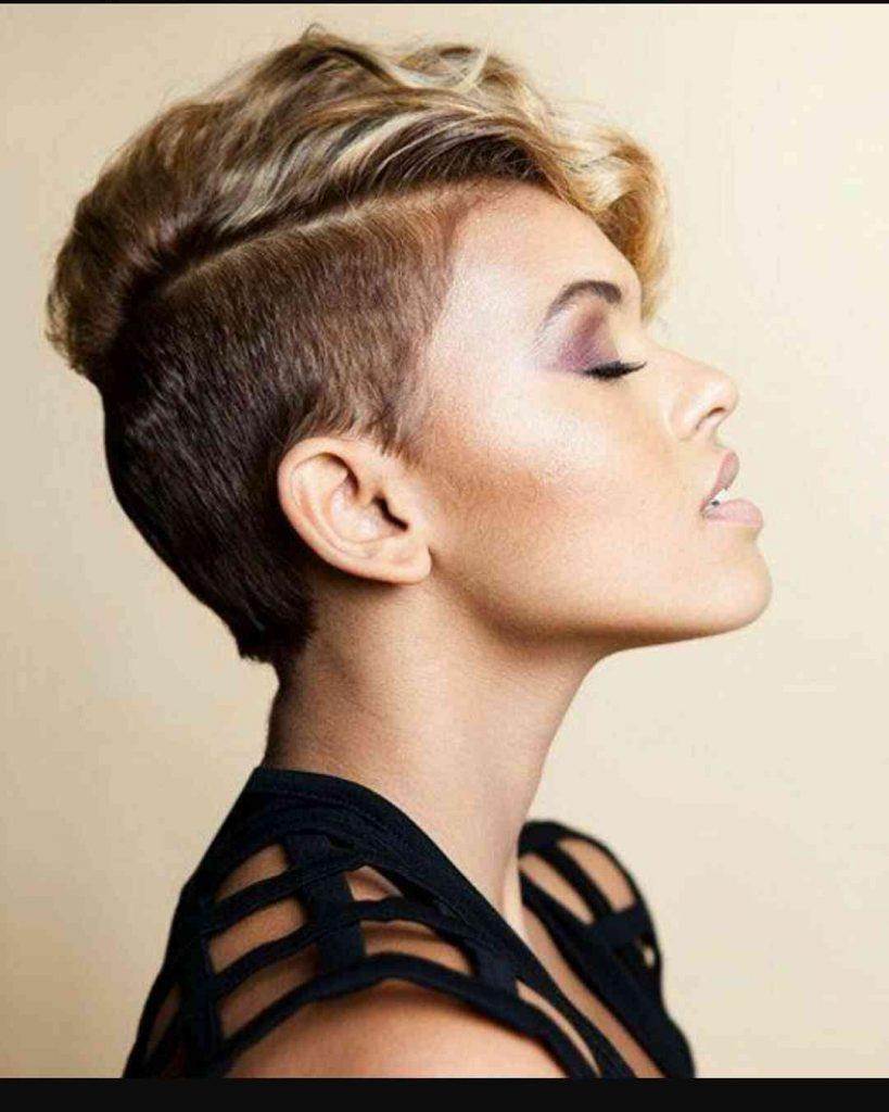прическа с выбривания для коротких волос