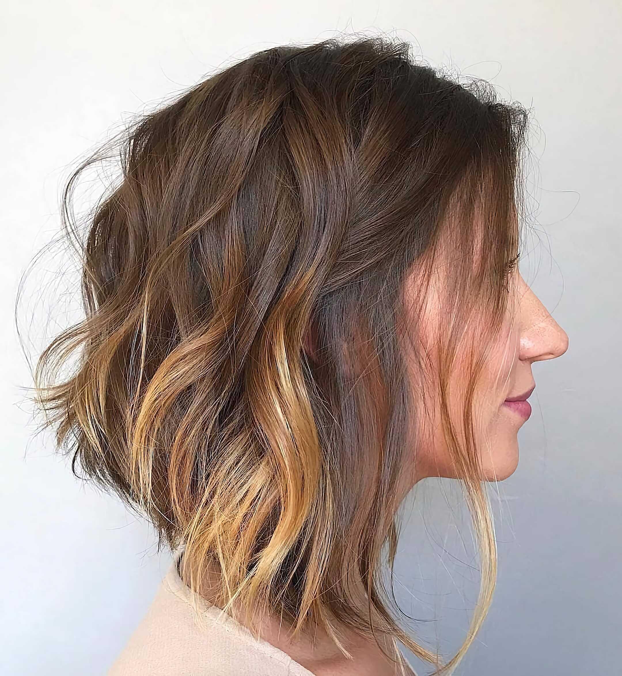 модная стрижка каре на средние волосы