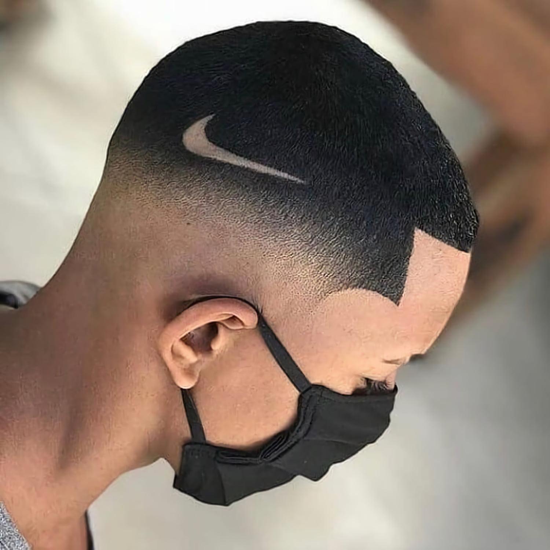 стрижка для мужчин с логотипом Nike