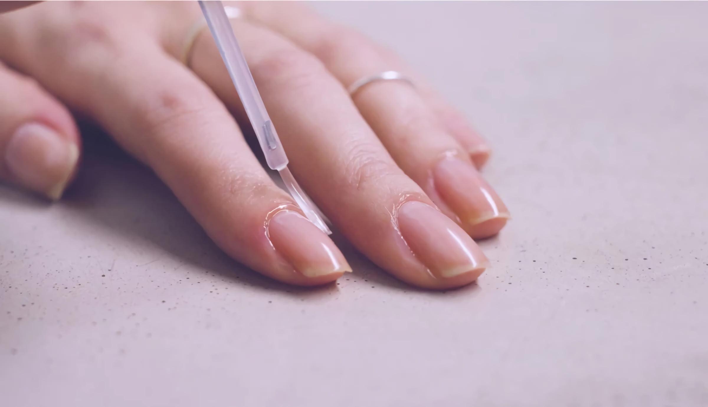сухие ногти