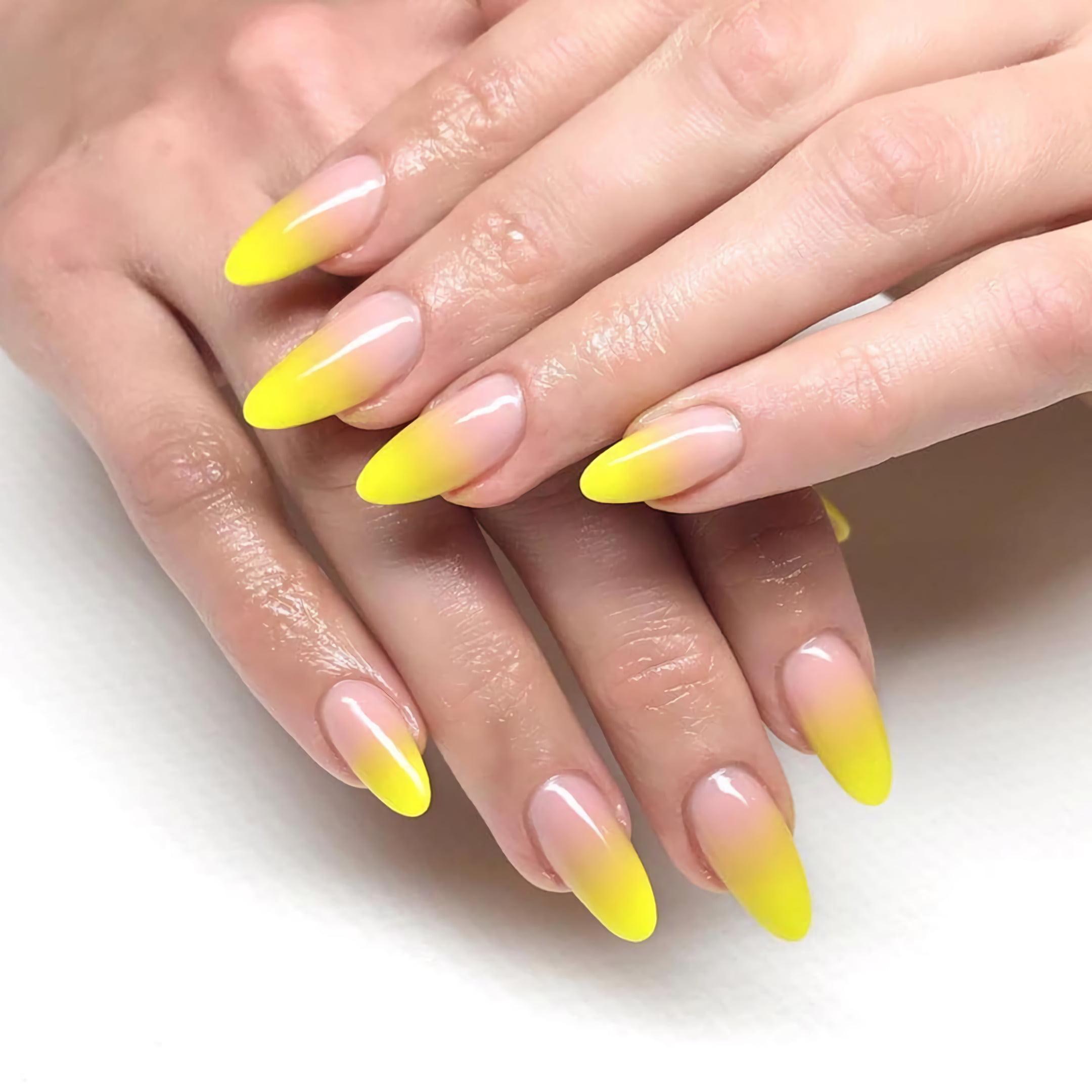 желтые ногти с омбре