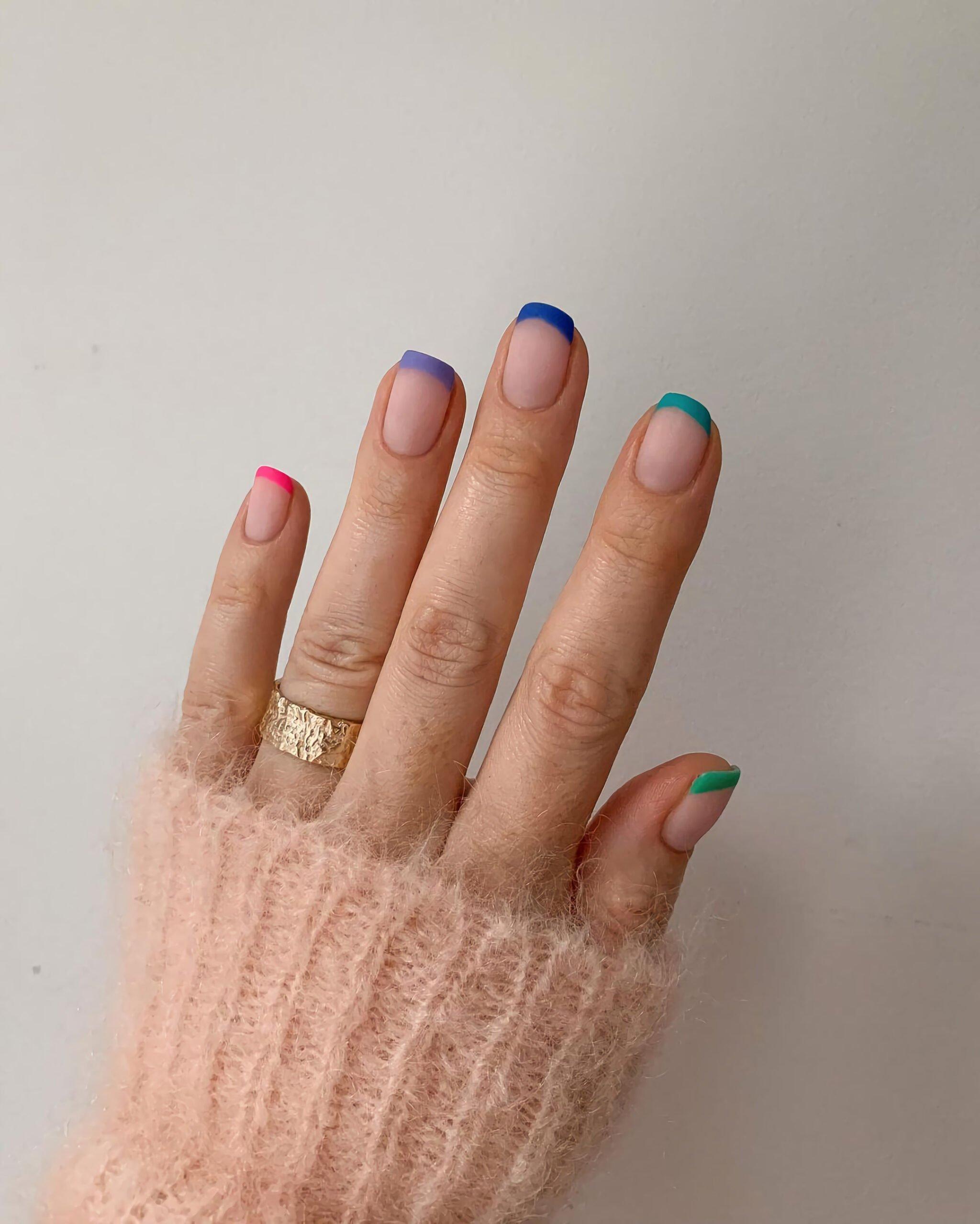 Красочные ногти