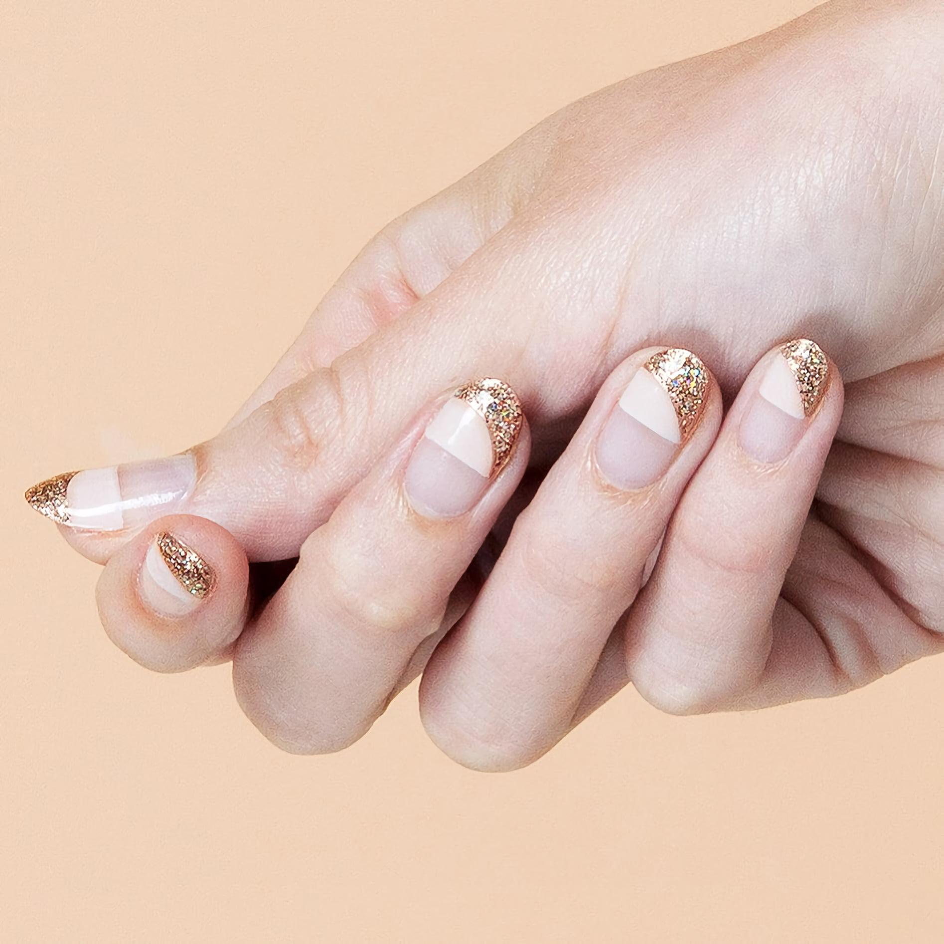 Обратные нюдовые ногти