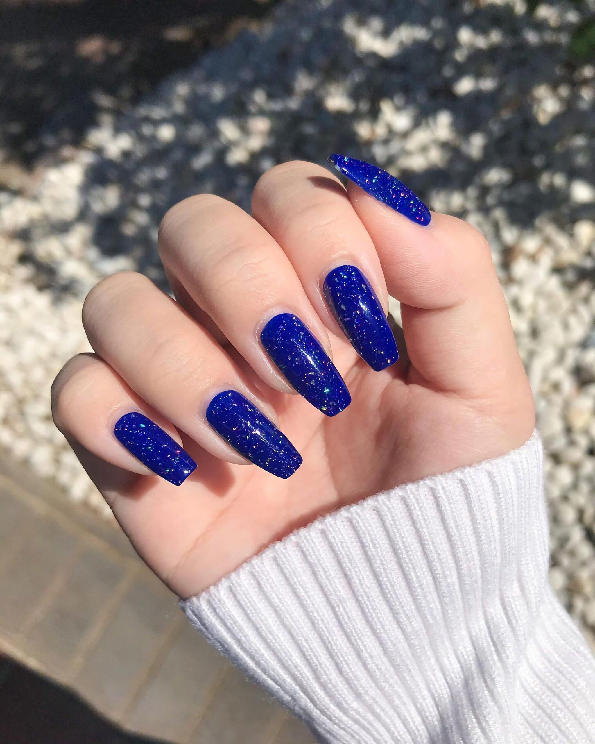 Блестящие Темно-Синие Ногти