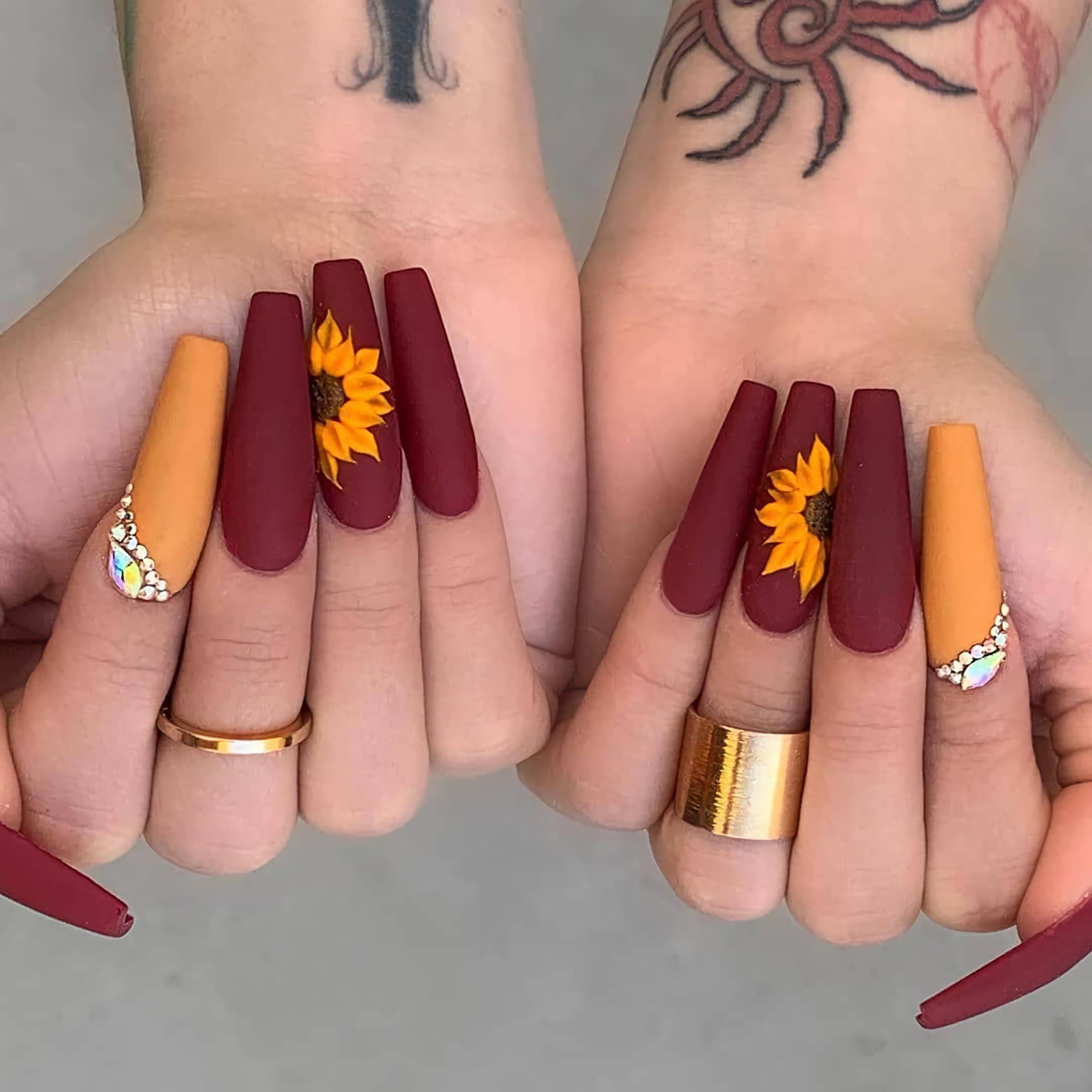 Ногти в стиле подсолнечника