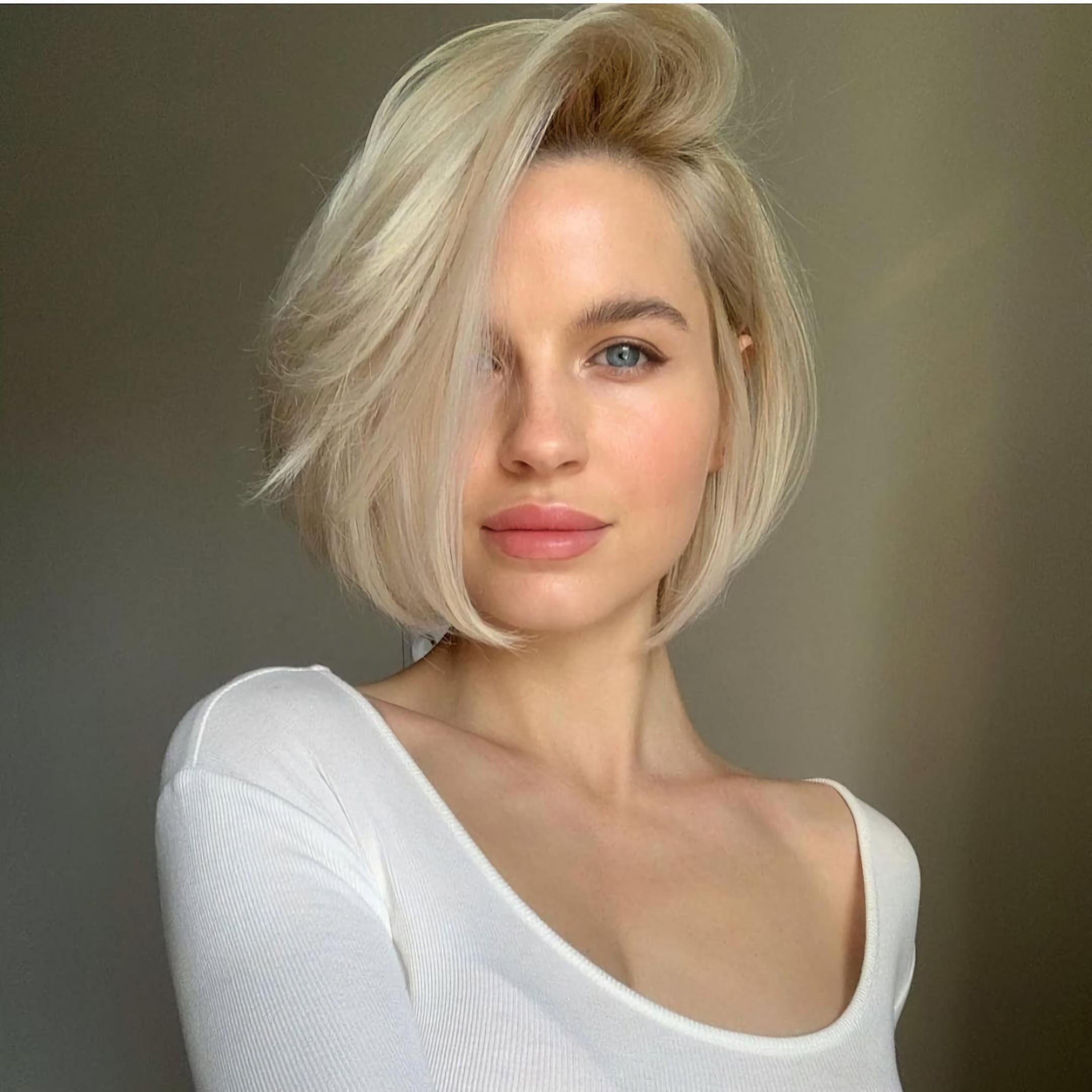Короткий боб для густых волос