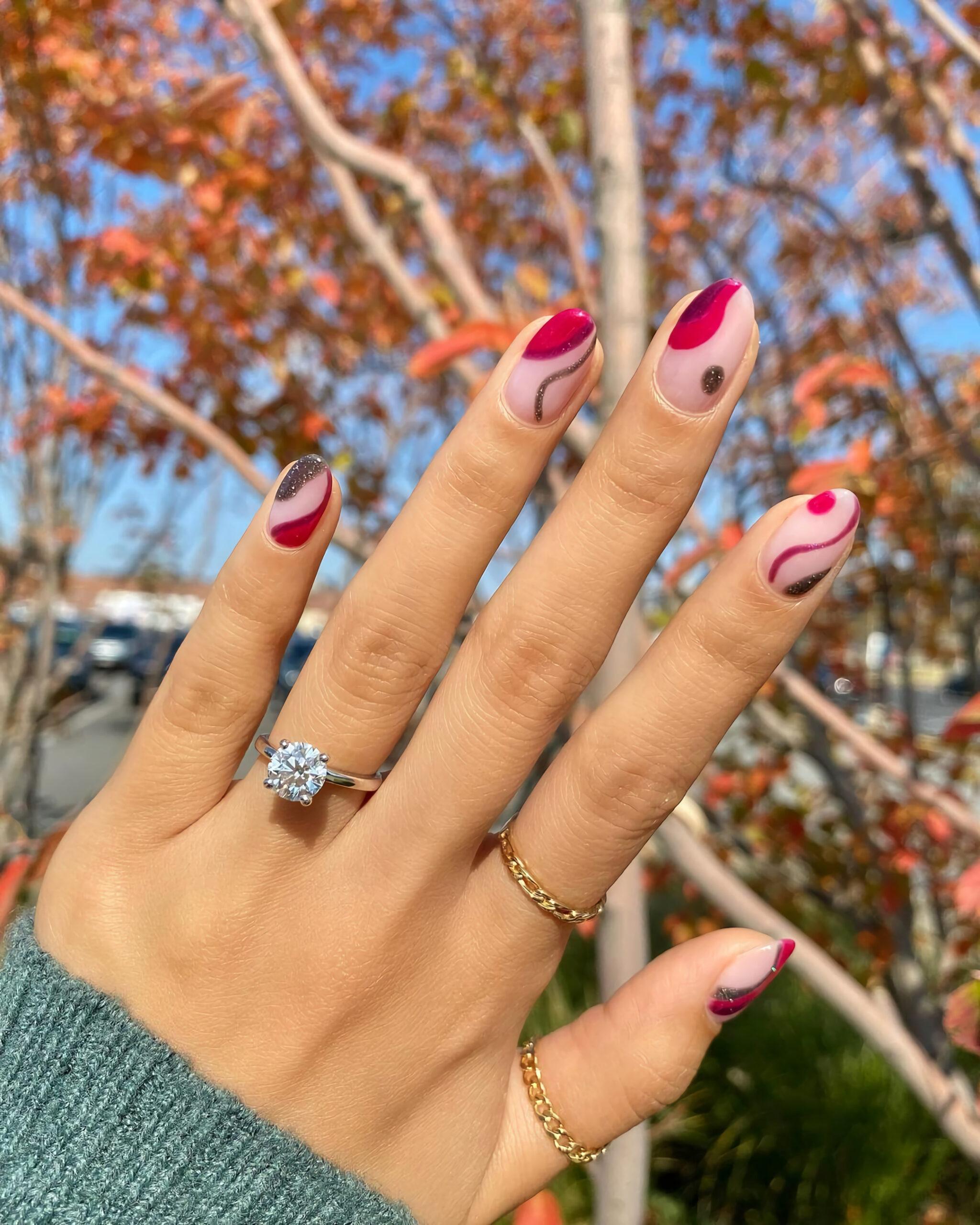 Клюквенные ногти
